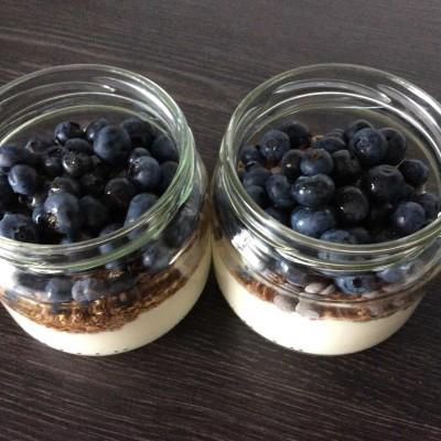Sojin jogurt s sadjem